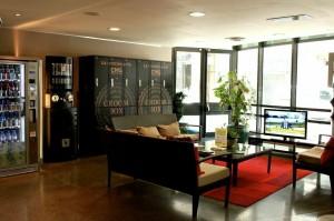 Groombox, la conciergerie par consignes ches CMG Sprts club-Faubourg poissonnière